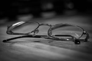 glasses-933271_1920